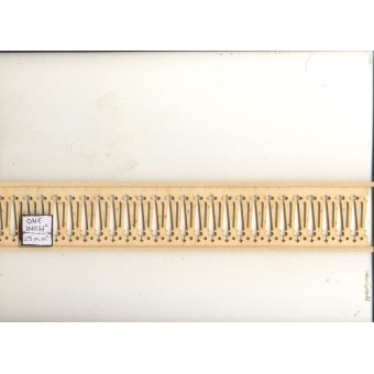 """Railing / Guard - Assembled NE1203 1pc 18"""" long unfinished wood 1/12 scale PBL-3"""