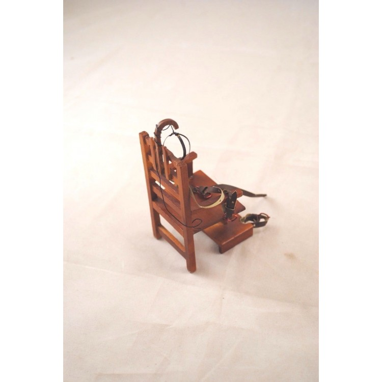 electric chair halloween dollhouse miniature p6630 112 scale non working
