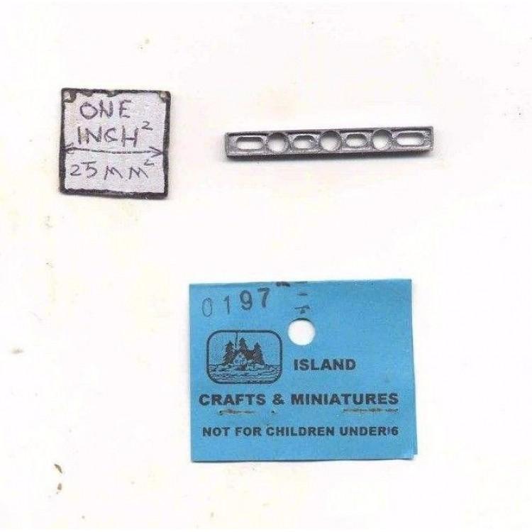 Carpenter Level 1/12 scale dollhouse cast metal miniature